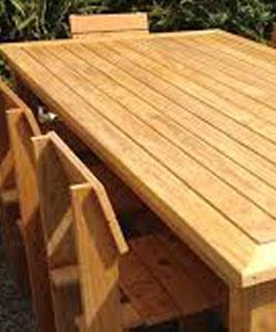 שולחן מעץ אורן