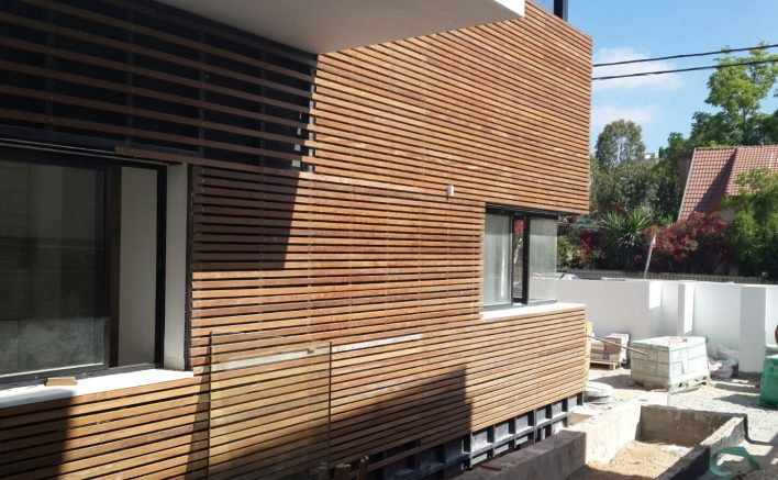 חיפוי עץ חיצוני לבתים פרטיים